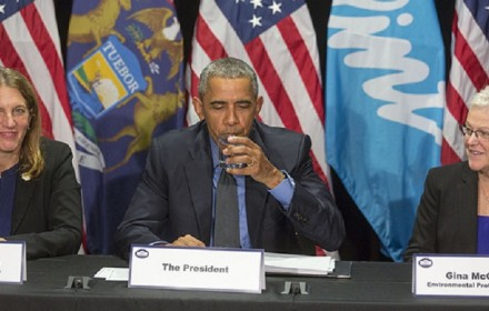 President Barack Obama drinks from a glass of water during a briefing on the Flint public health water crisis during a meeting with federal responders at the Food Bank of Eastern Michigan in Flint, Mich., May 4, 2016. The President is flanked by Health and Human Services Secretary Sylvia Mathews Burwell on the left and Gina McCarthy, Administrator, Environmental Protection Agency. (Official White House Photo by Lawrence Jackson)