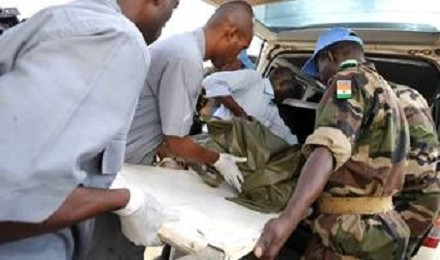 Niger soldiers and medics